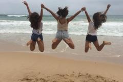 A-010-La_felicidad_con_las_amigas